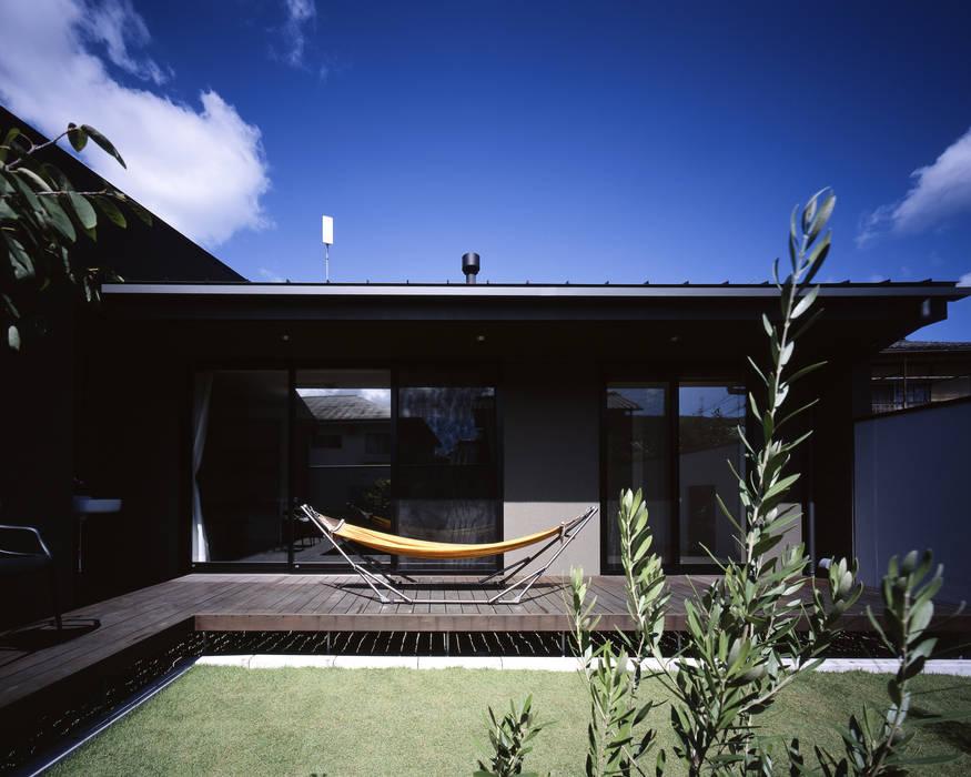 Taman Modern Oleh タカオジュン建築設計事務所-JUNTAKAO.ARCHITECTS- Modern