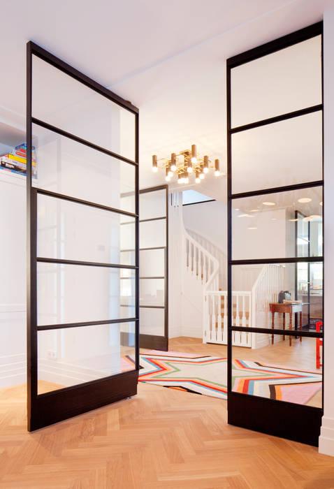 Salas / recibidores de estilo  por FritsJurgens BV