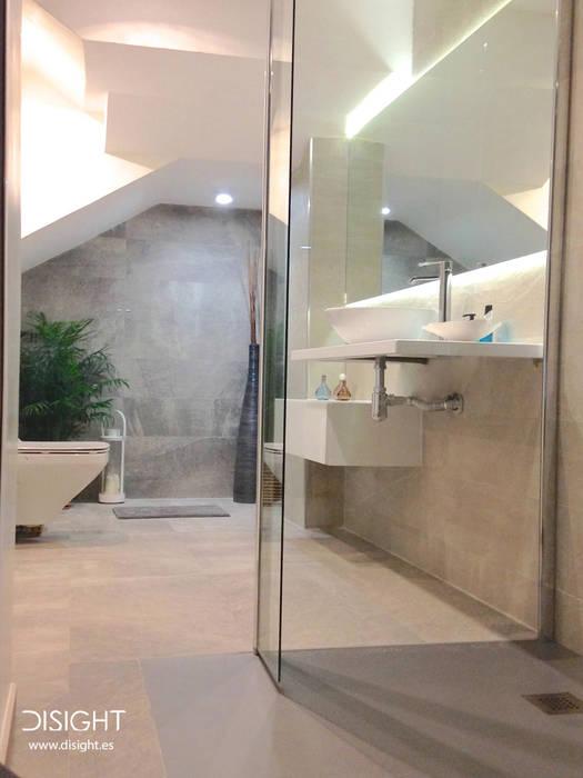 Moderne Badezimmer von DISIGHT Modern