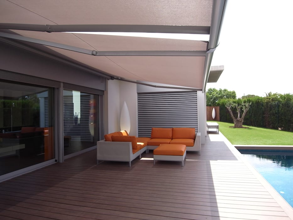 Modern balcony, veranda & terrace by KITS INTERIORISME Modern