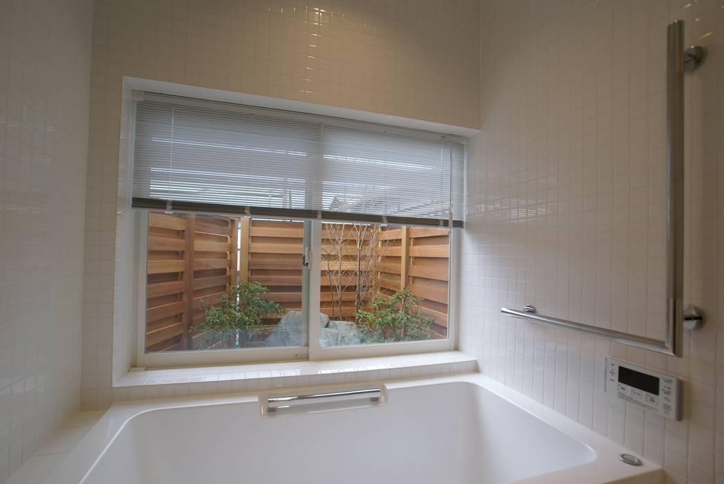 浴室: 伊達剛建築設計事務所が手掛けた浴室です。