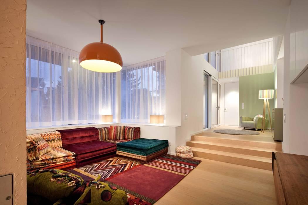 Wohnraum illichmann-architecture Moderne Wohnzimmer