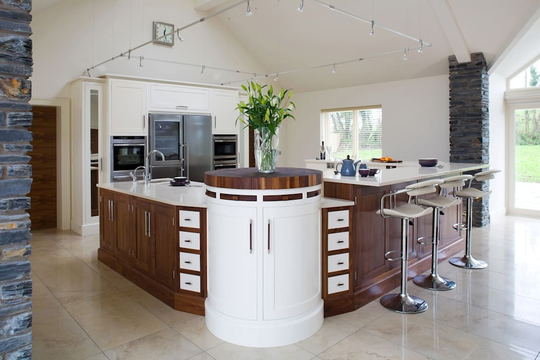 Kitchen by Designer Kitchen by Morgan, Classic