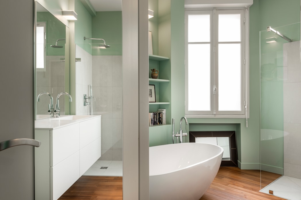 Salle de bain design: Salle de bains de style  par Decorexpat