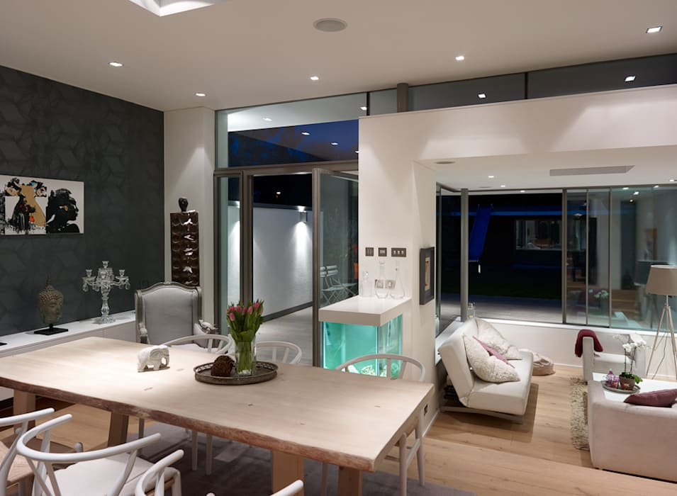 Dining area and sunken living area 3s architects and designers ltd
