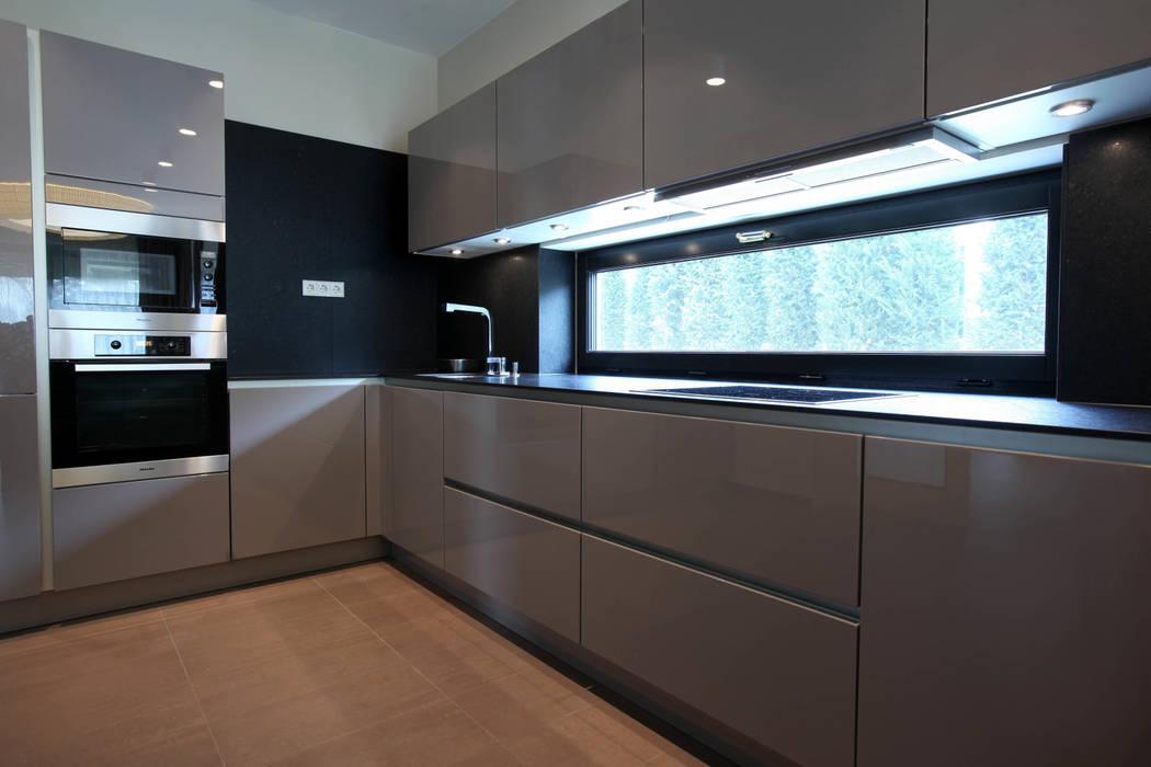 Кухня: Кухни в . Автор – Архитектурное бюро Лены Гординой