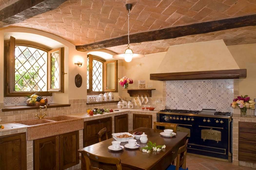 Rustic style kitchen by ADS Studio di Architettura Rustic