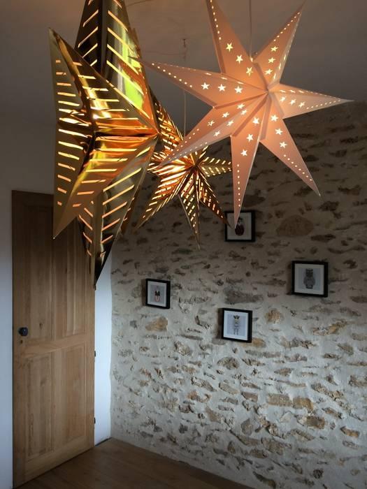 Une chambre pour 2: Chambre d'enfant de style de style eclectique par At Ome