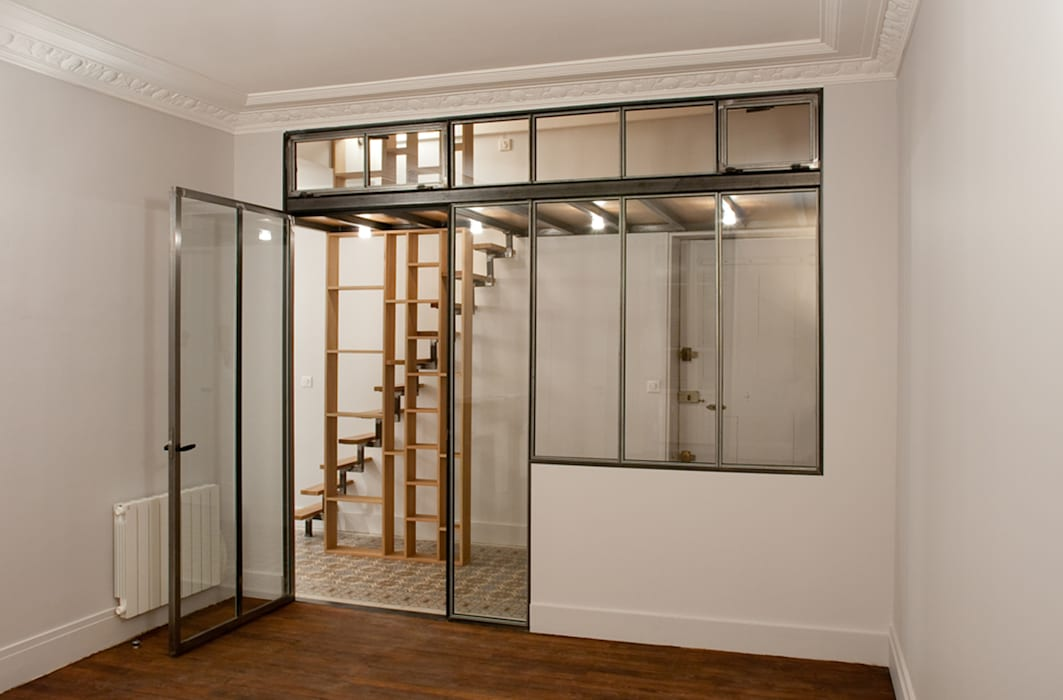 L'entrée: Couloir et hall d'entrée de style  par Vanessa Bridier