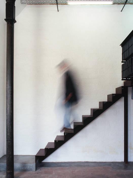 Oficinas y tiendas de estilo por if arquitectos homify - Despacho arquitectura barcelona ...