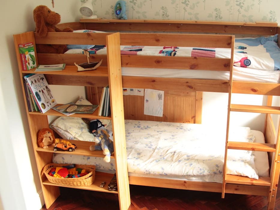 Bunk Bed Hanging Shelf de Finoak LTD Moderno