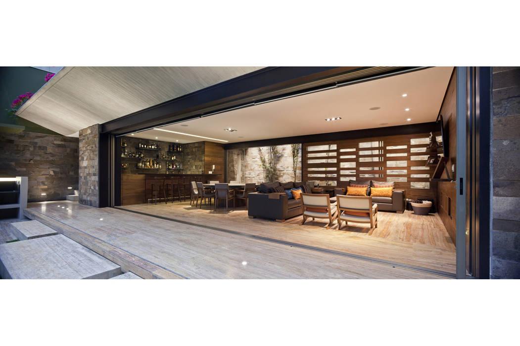 Salón ES: Salas de estilo  por Cm2 Management