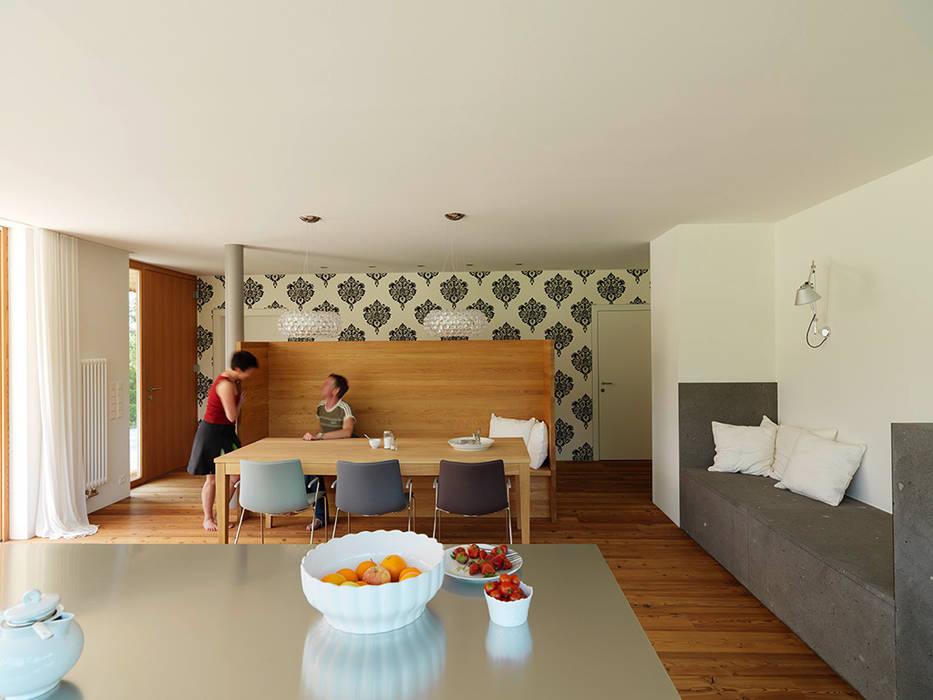 haus m, Bad Aussee Moderne Esszimmer von Hohensinn Architektur Modern
