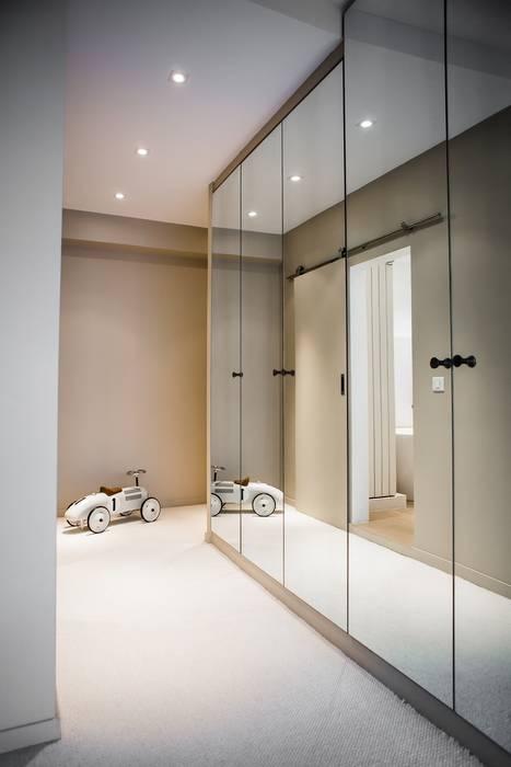 Hélène de Tassigny Modern style bedroom