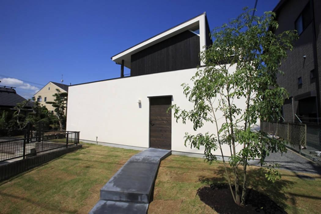 キッチンの家 全景: アーキシップス古前建築設計事務所が手掛けた家です。