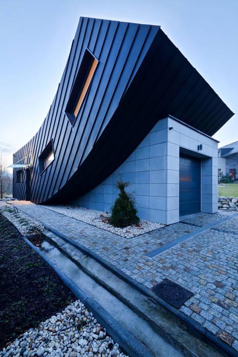 Minimalist houses by ARCHITEKT.LEMANSKI Minimalist