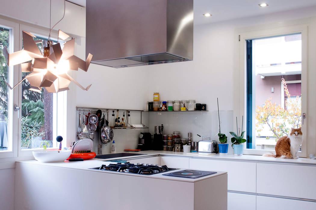 Cocinas de estilo minimalista de tomaso boccato architetto Minimalista
