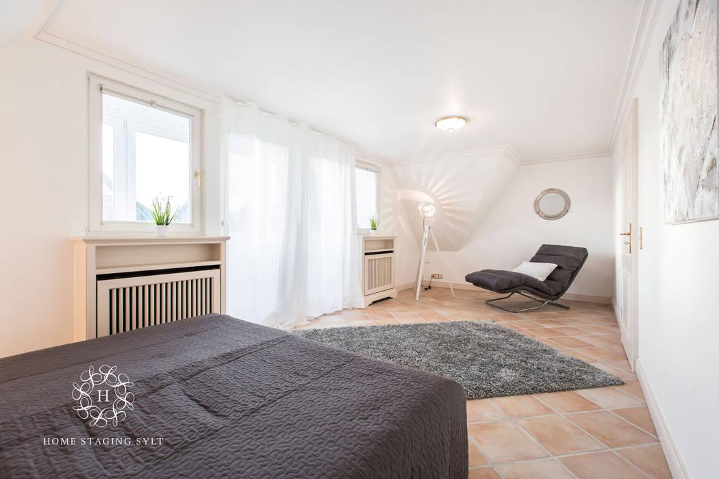 Chambre classique par Home Staging Sylt GmbH Classique