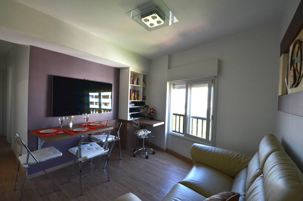 Sala Salas de estar minimalistas por Natali de Mello - Arquitetura e Arte Minimalista