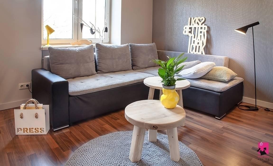Mieszkanie w Łodzi - 48m2 Nowoczesny salon od Pink Pug Design Interior Nowoczesny