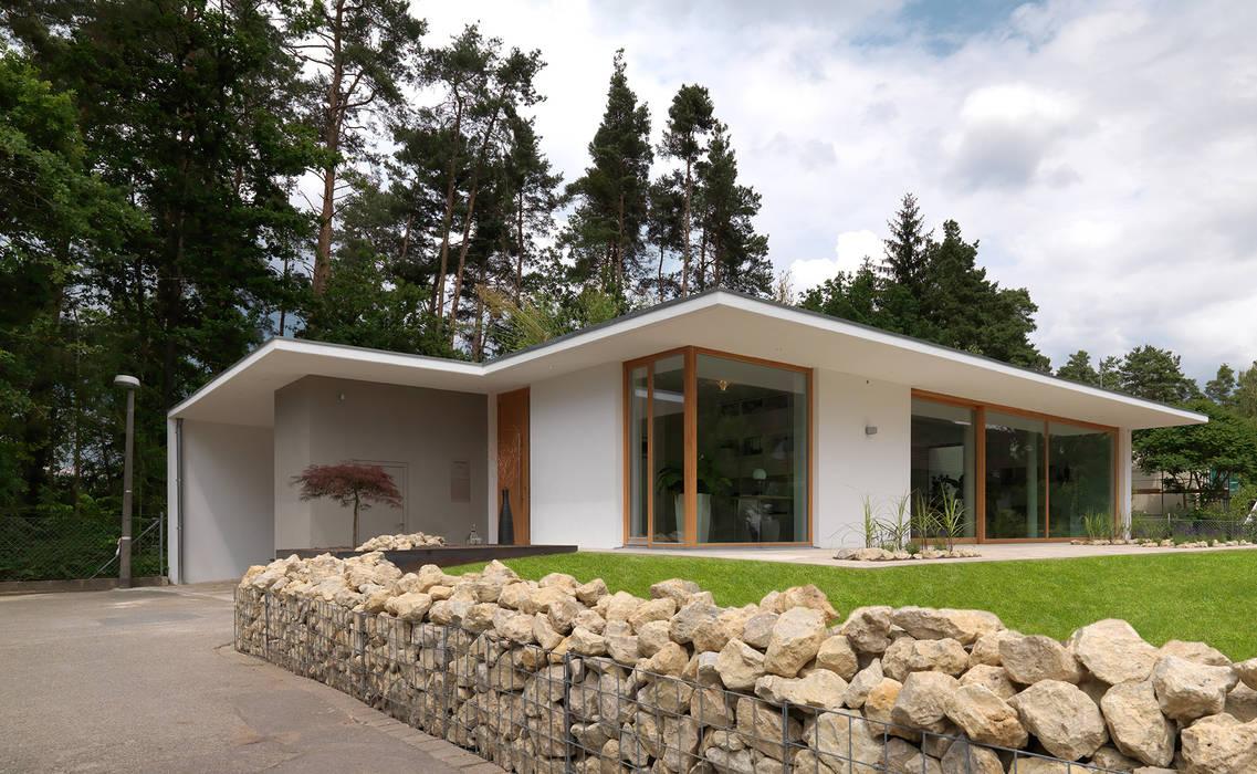 Außenansicht Bermüller + Hauner Architekturwerkstatt Minimalistische Häuser