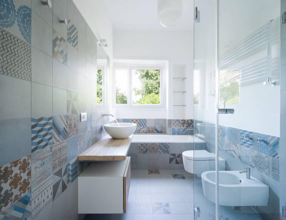 Baños de estilo minimalista de stefania eugeni Minimalista