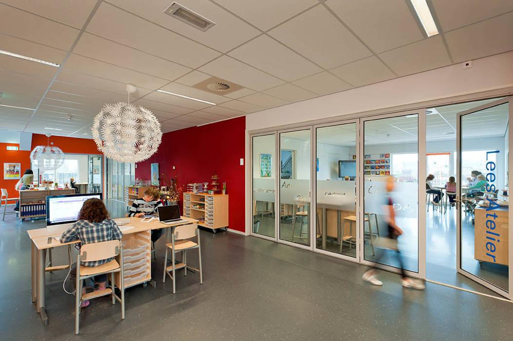 Leerpleinen:  Scholen door Peter van Aarsen Architect