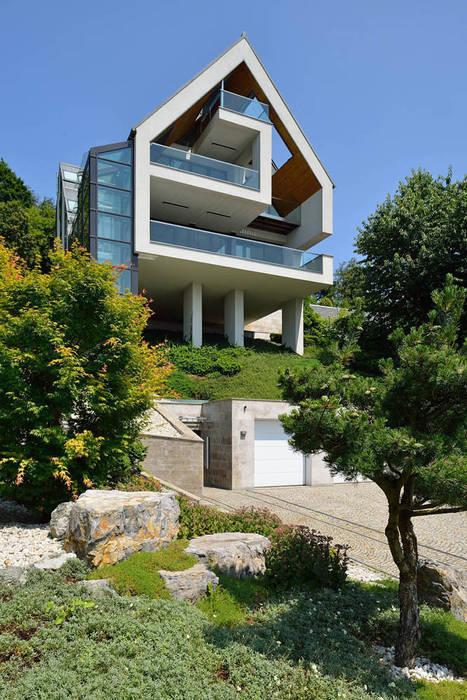 Casas de estilo minimalista de ARCHITEKT.LEMANSKI Minimalista