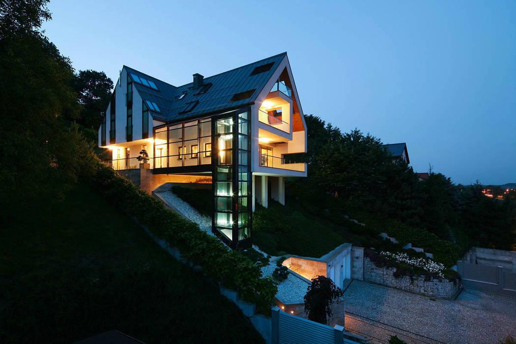 GG House Minimalistyczne domy od ARCHITEKT.LEMANSKI Minimalistyczny