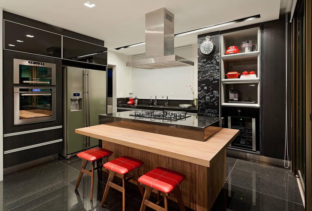 Cocinas de estilo moderno de LEDS Arquitetura Moderno