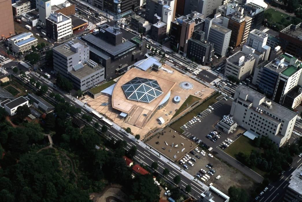 Sapporo media park SPICA Eclectische winkelruimten van 株式会社 伊坂デザイン工房 Eclectisch
