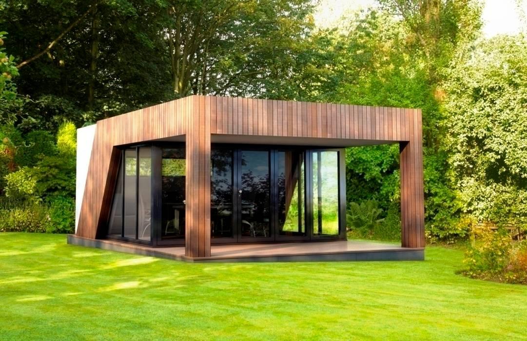 Large veranda style garden gymnasium: modern Garden by The Swift Organisation Ltd
