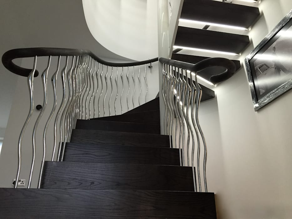 Poole Modern Corridor, Hallway and Staircase by Zigzag Design Studio (Sculptural Structures) Modern