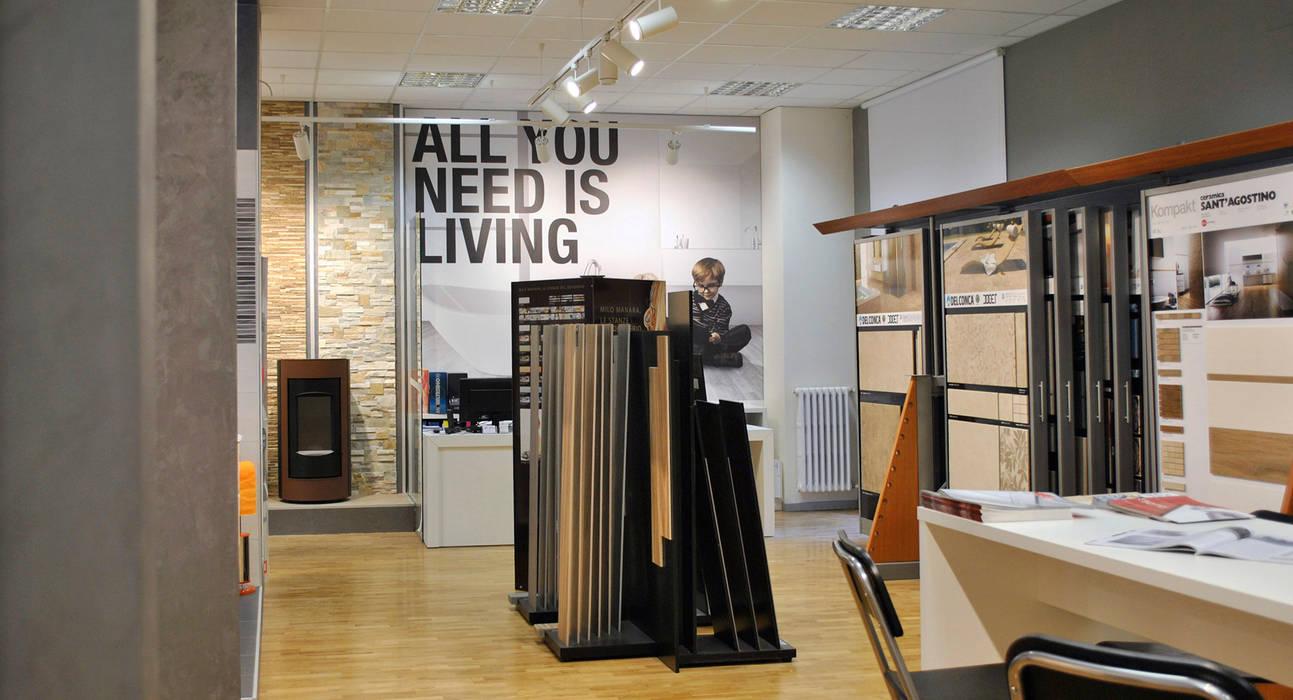 Negozi Arredo Bagno : Allestimento showroom arredobagno negozi locali commerciali in