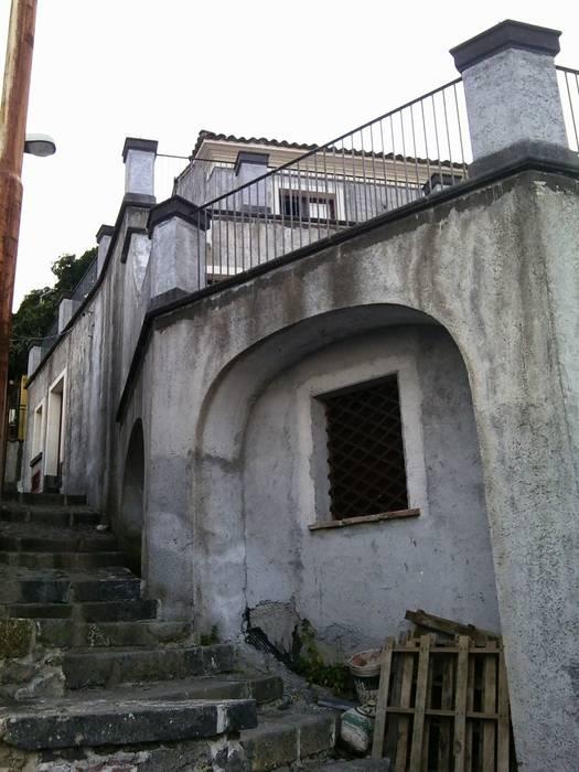 Prospetto: Case in stile in stile Mediterraneo di Antonio Torrisi