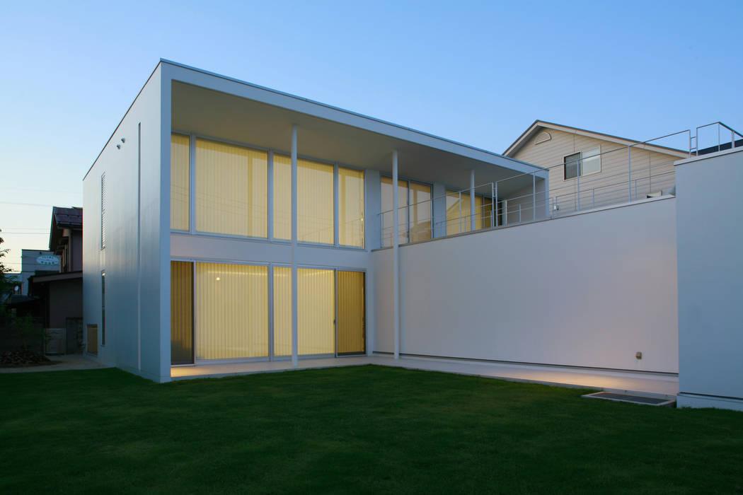 南側外観: IMUが手掛けた家です。