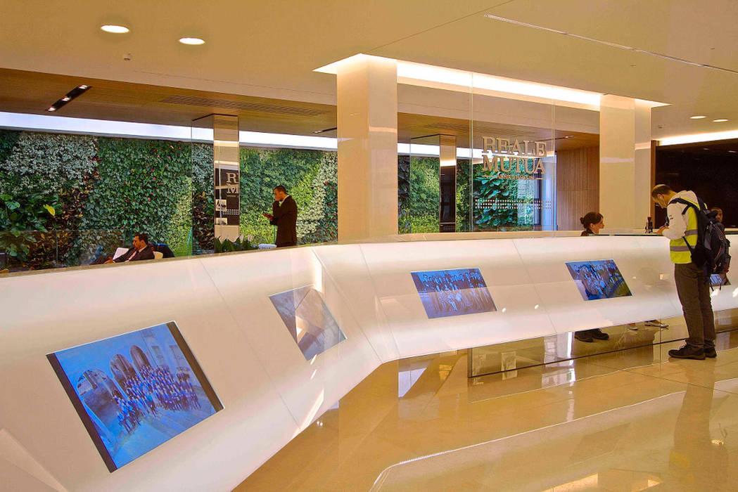 Office buildings by Sundar Italia