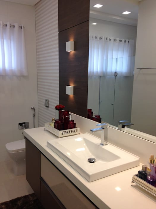 BANHO SUÍTE Luizana Wiggers Projetos Banheiros clássicos