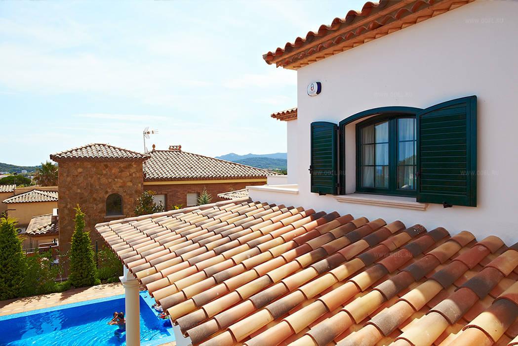 Черепичная крыша: Дома с террасами в . Автор – ODEL,