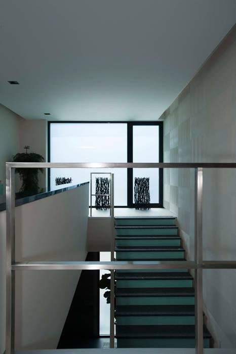 Corridor & hallway by Zimenko Yuriy,