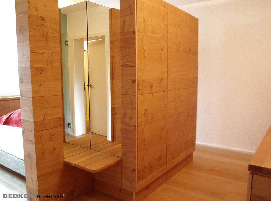 Ankleide Raumteiler Ankleidezimmer Von Becker Interiors Homify
