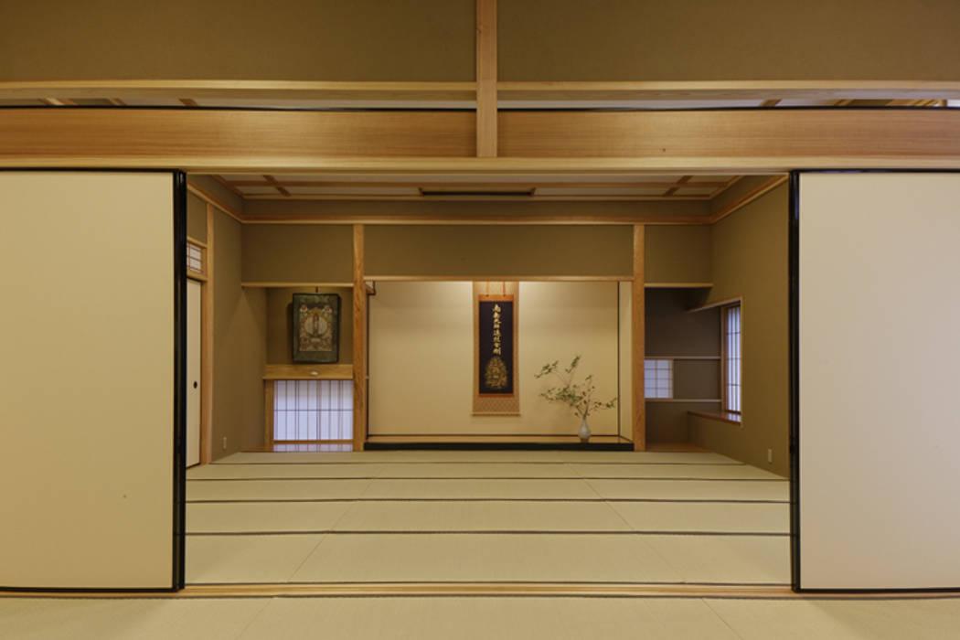 Murs de style  par 矩須雅建築研究所, Éclectique