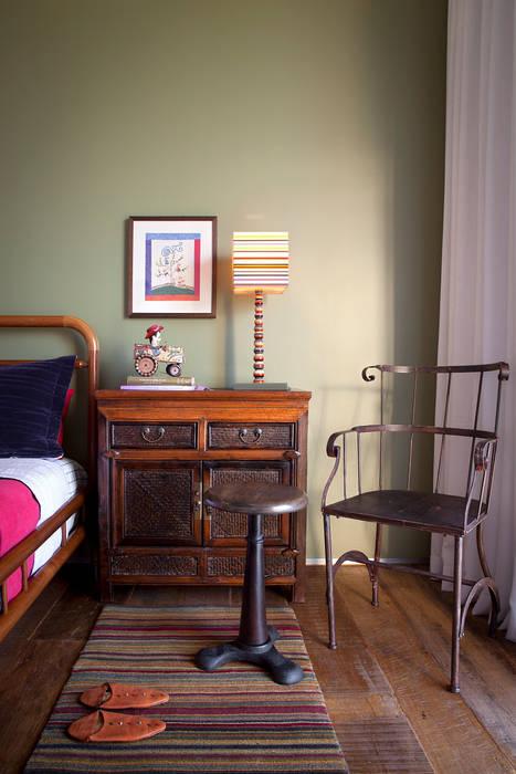 Casa Condomínio Nova Lima Quartos clássicos por Nara Cunha Arquitetura e Interiores Clássico