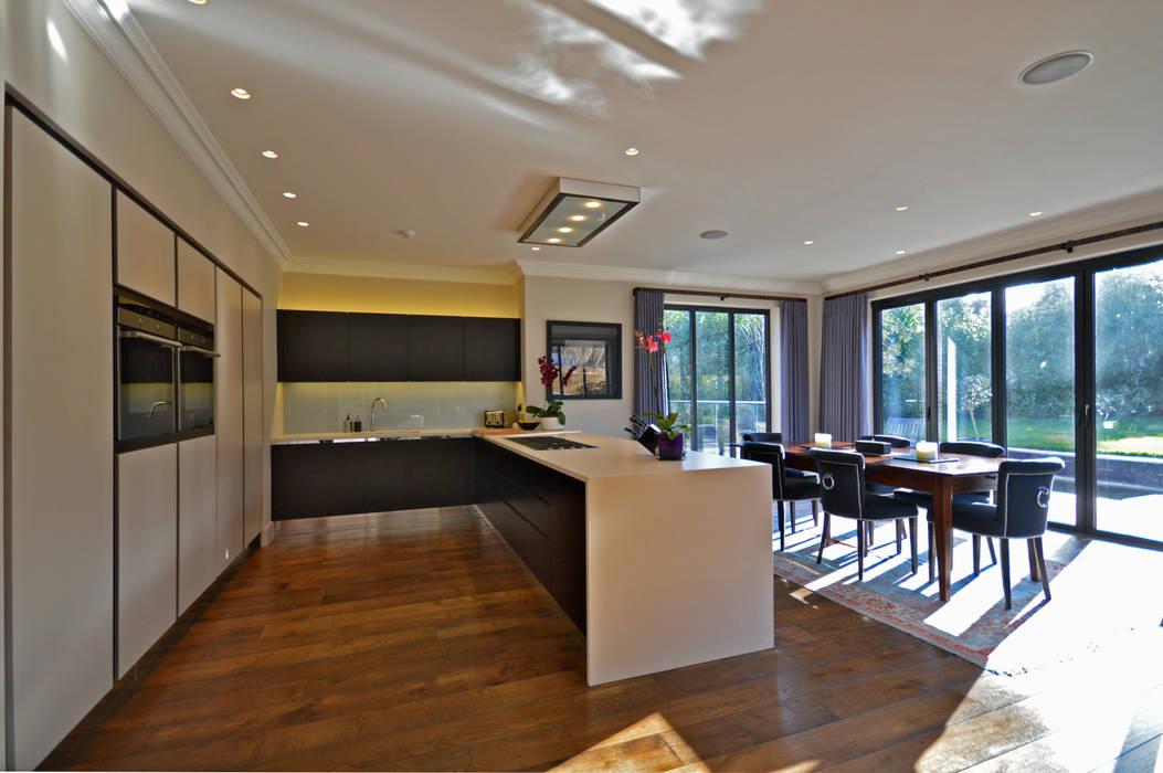 The Kitchen Moderne Küchen von Zodiac Design Modern