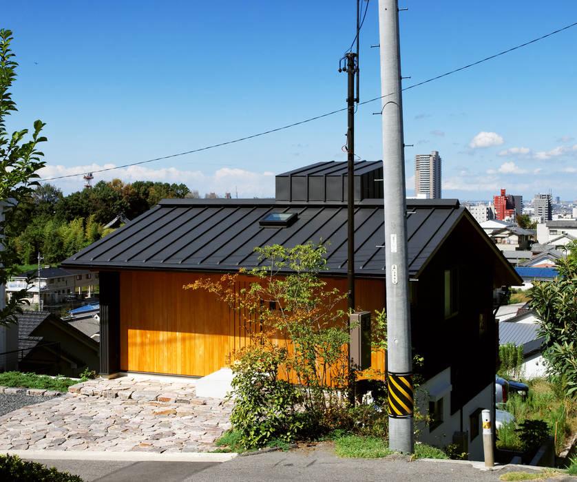 IR House モダンな 家 の 磯村建築設計事務所 モダン