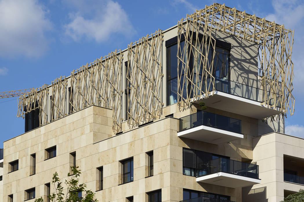 Le Denuzière: Maisons de style de style Moderne par AFAA architecture