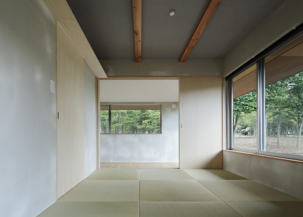 各部屋とつながる和室 m・style 一級建築士事務所 モダンな 家 木 木目調