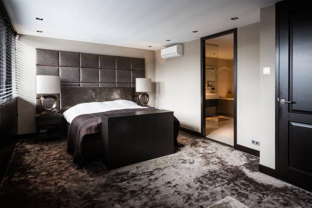 Master bedroom:  Slaapkamer door BB Interior, Modern