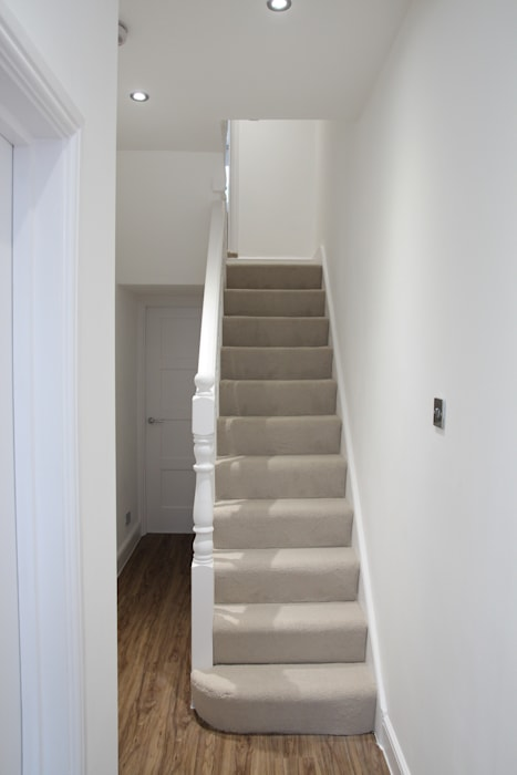House in Tooting Bolans Architects Modern corridor, hallway & stairs