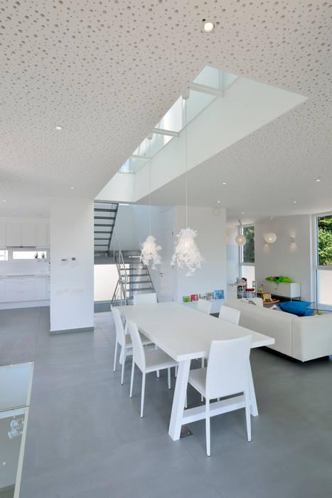Maison L atelier d'architecture FORMa* Salle à manger moderne
